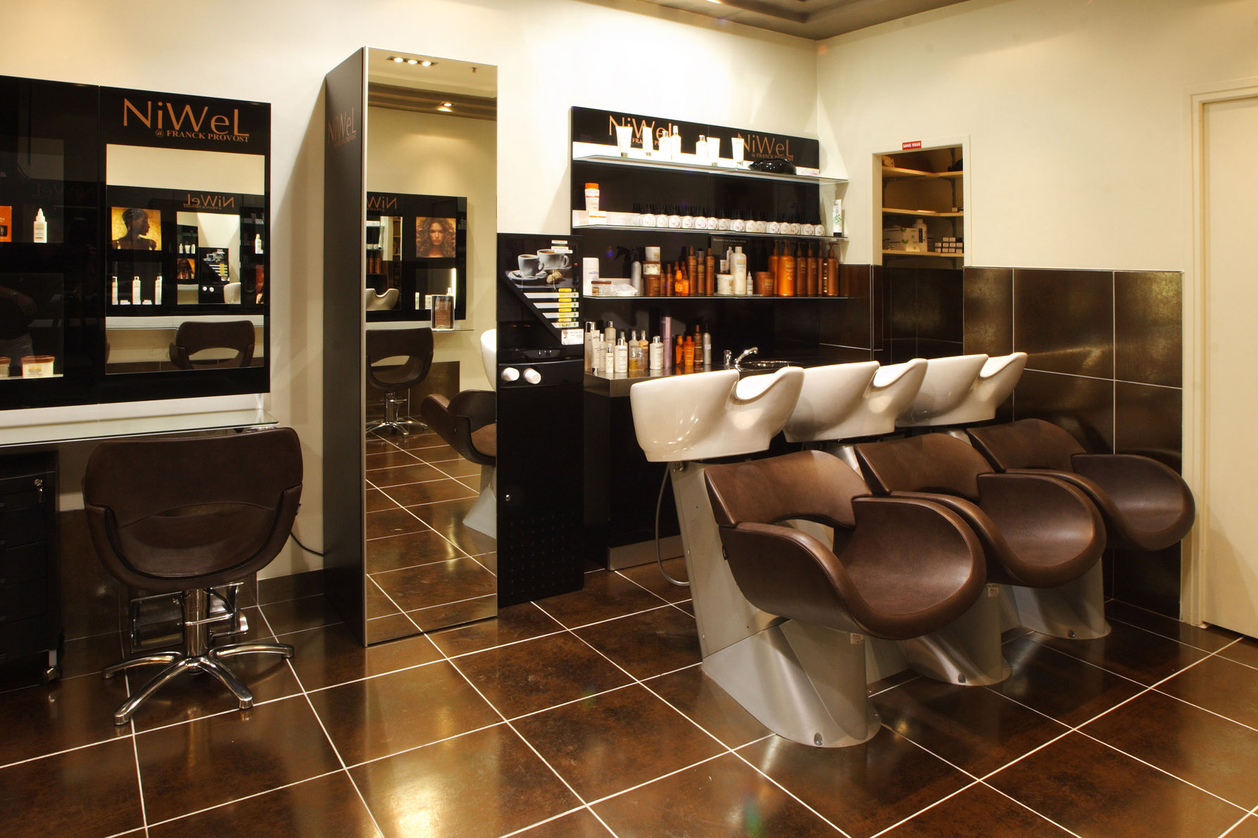 Niwel_salon
